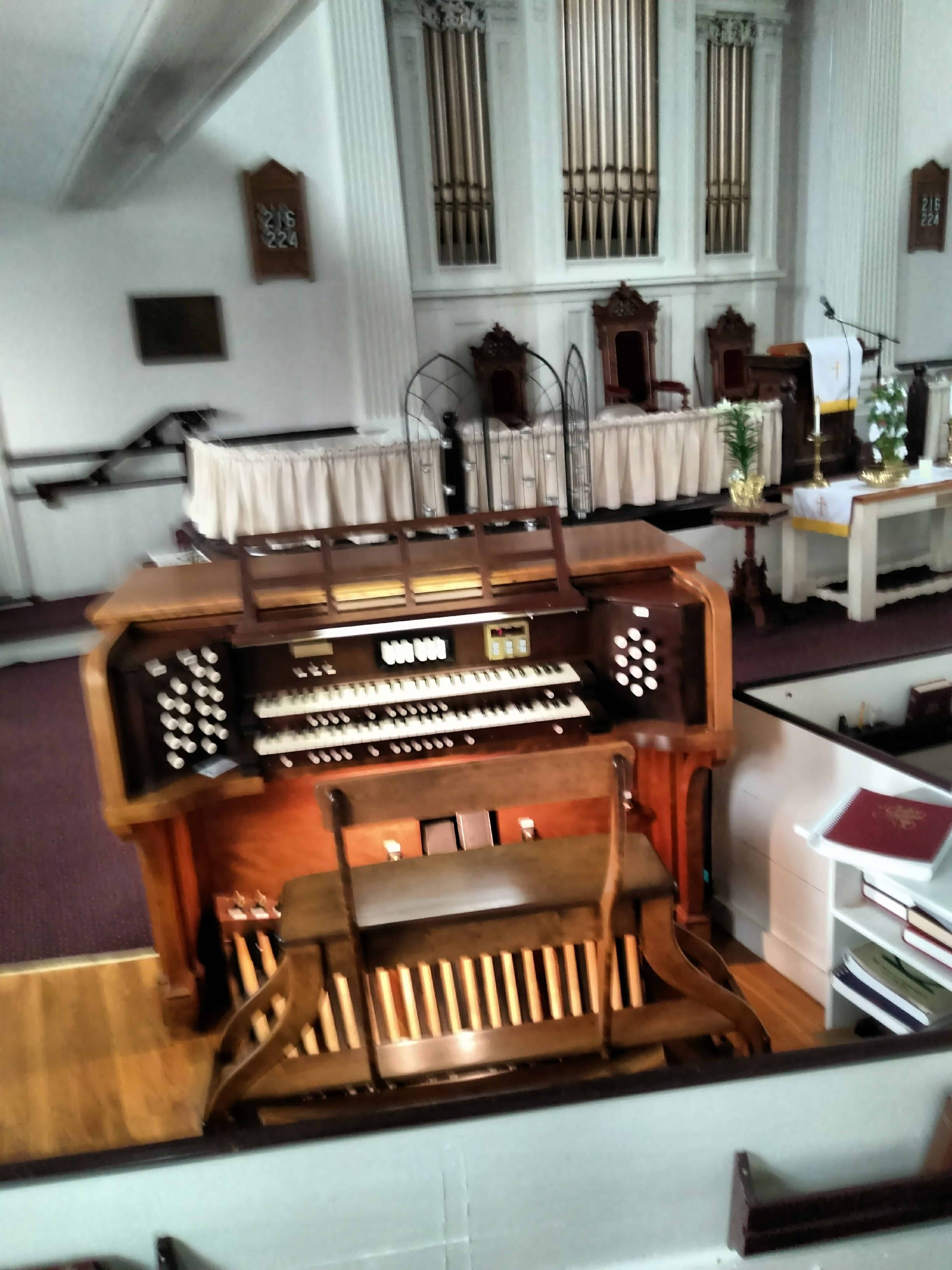 Notes from the Organ Bench